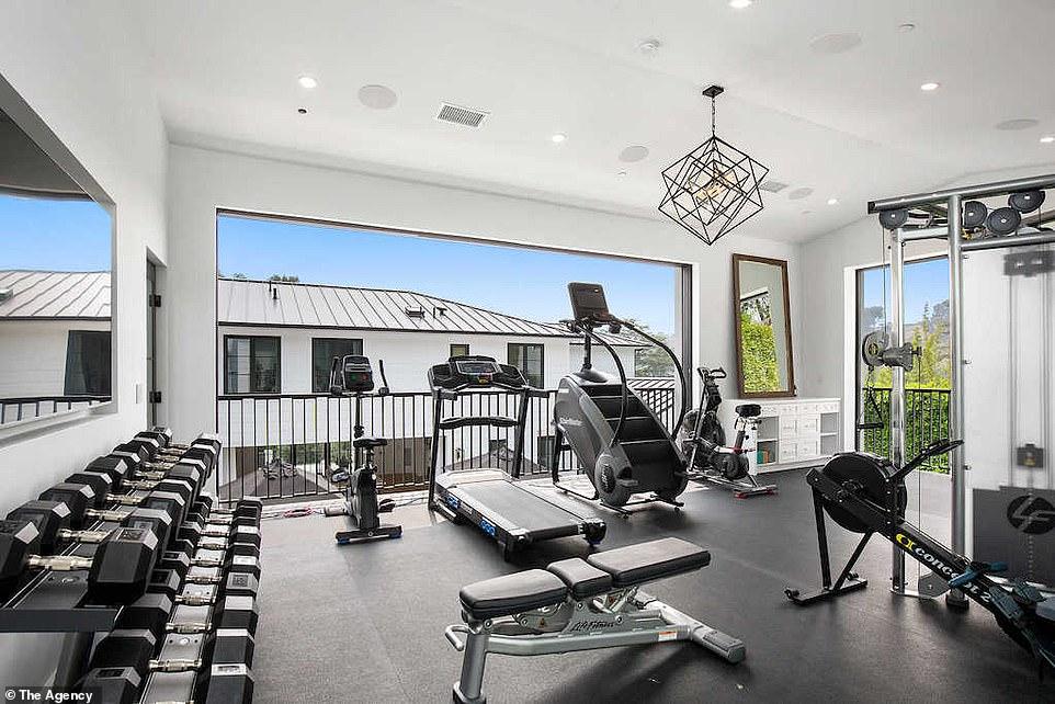 PICS: Rihanna buys $13.8M Beverly Hills Mansion